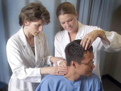 Chiropractic Internships Provide Opportunities;