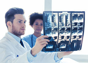 Becoming a Radiologic Technologist: How to Get There (in 2 Years)