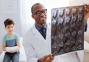 Radiologic Technologist Jobs: A Look at Everything They Do;