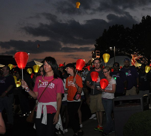 Cleveland welcomes thousands for 'Light the Night'